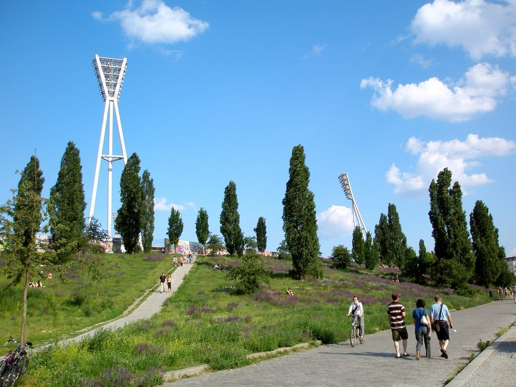 Mauerpark, park og loppemarked i Berlin