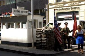 Checkpoint Charlie er en turistfælde